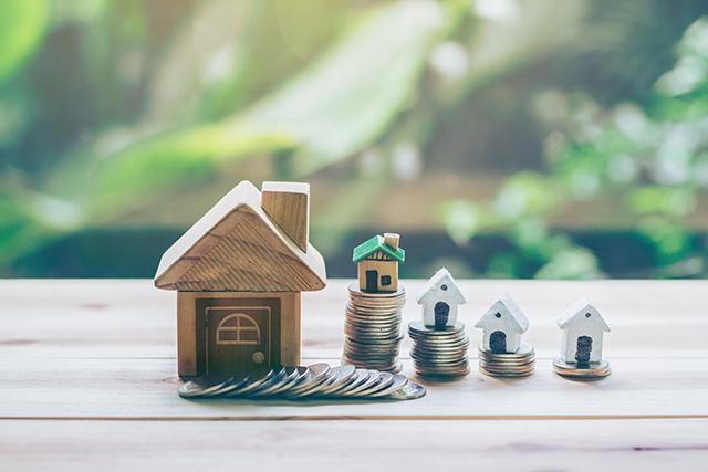 不動産を売るのと貸すの、手元に入るお金はどのくらい?